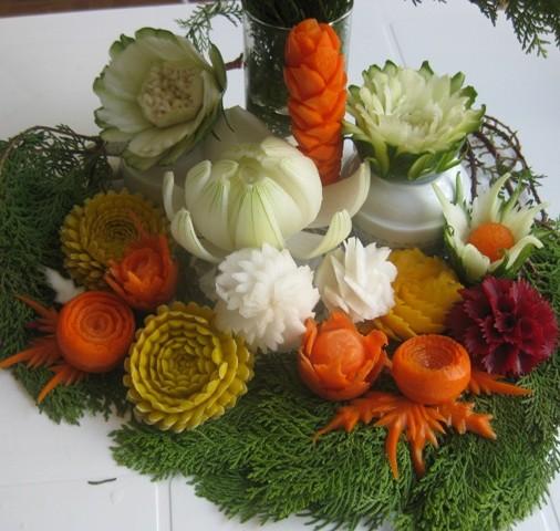 vegetable flower carvings