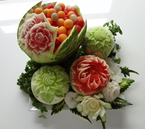 advanced fruit carvings