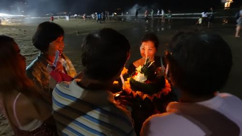 Celebrating Loy Kratong