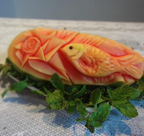 Papaya Fish Carving